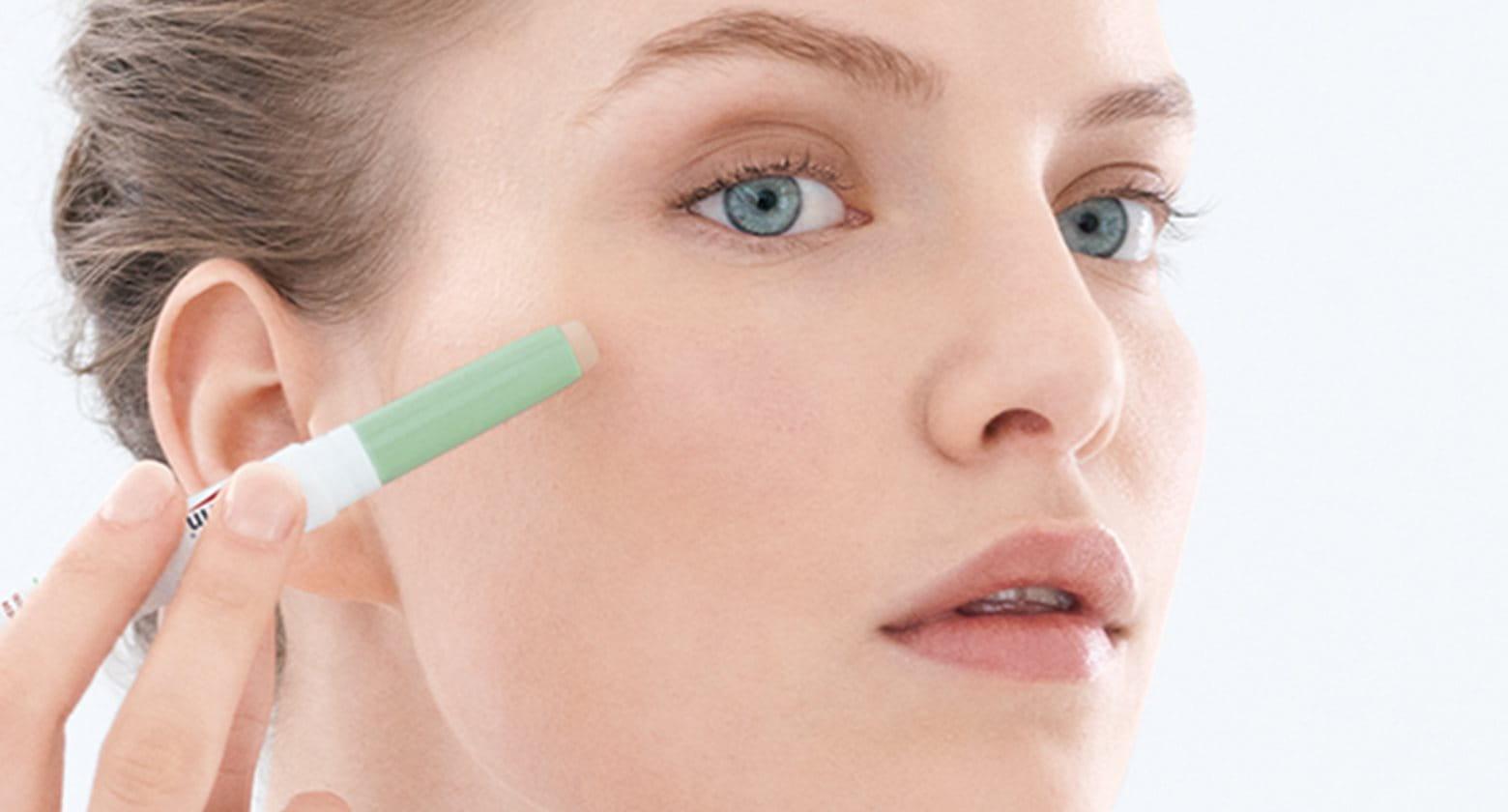 Správný make-up pro aknózní / problematickou pleť
