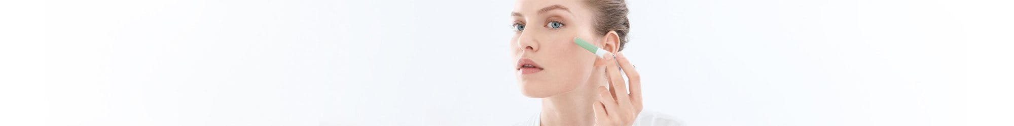 /Eucerin Relaunch Media/Eucerin Relaunch Media/Eucerin/international/filter-overview-pages/skin-concerns/EUC_Product-Article-Overview-Stage_Products_SkinConcerns_Acne-ProneSkin