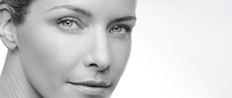 Kvinnas ansikte.