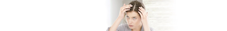 Femme avec un éclaircissement des cheveux