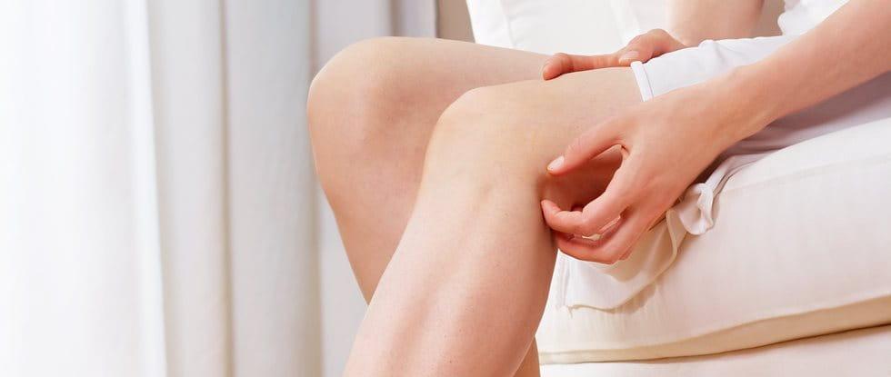 Was hilft gegen Juckreiz an den Beinen und anderen Körperregionen?