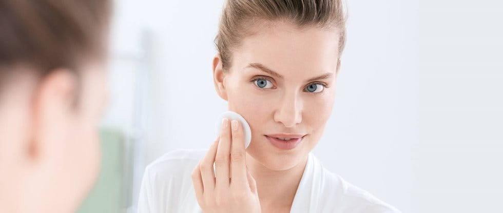 Akne vulgaris erkennen und behandeln