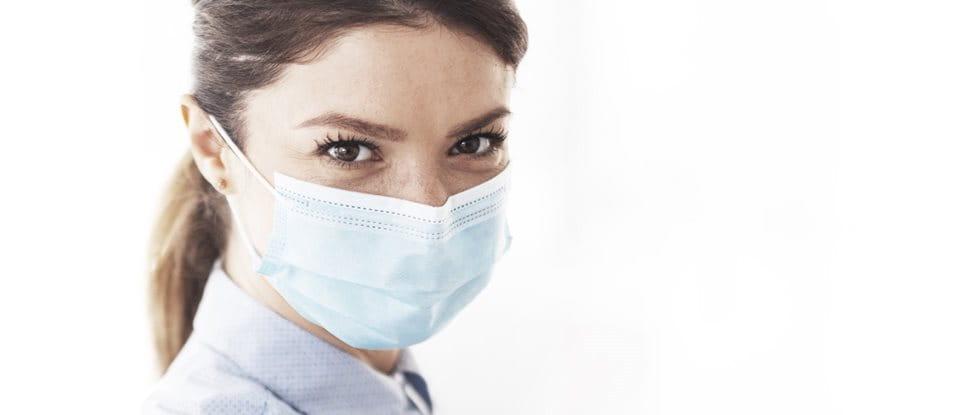 Hautreizungen im Gesicht durch Mund-Nasen-Schutz