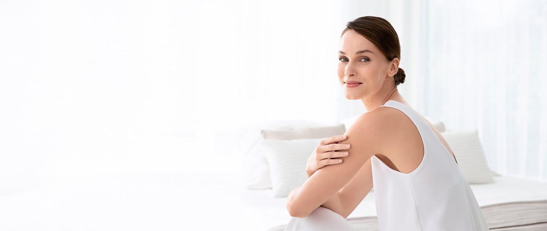 Mujer con piel atópica